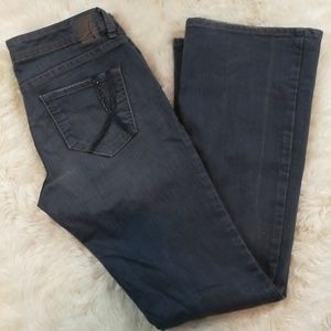 !IT LOS ANGELES Hottie Flare Jeans Size 28